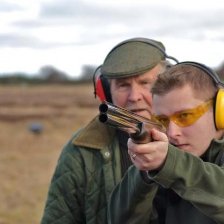 Clay Pigeon Shooting Cumbernauld, Nr Falkirk, Stirlingshire